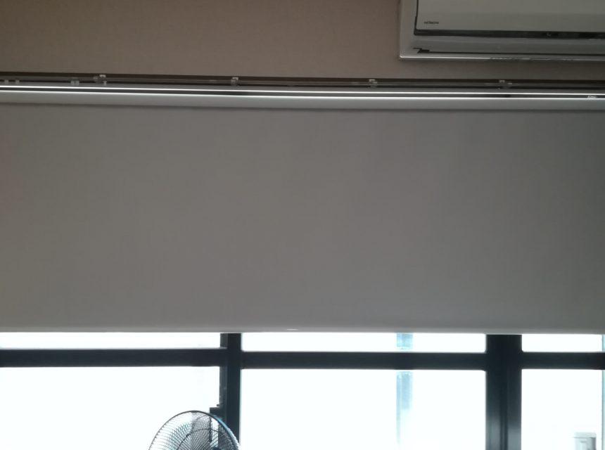 ホワイトロールスクリーン プロジェクター用スクリーン お客様レビュー